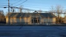<h5>Kris's Restaurant</h5><p>Route 52  Newburgh</p>